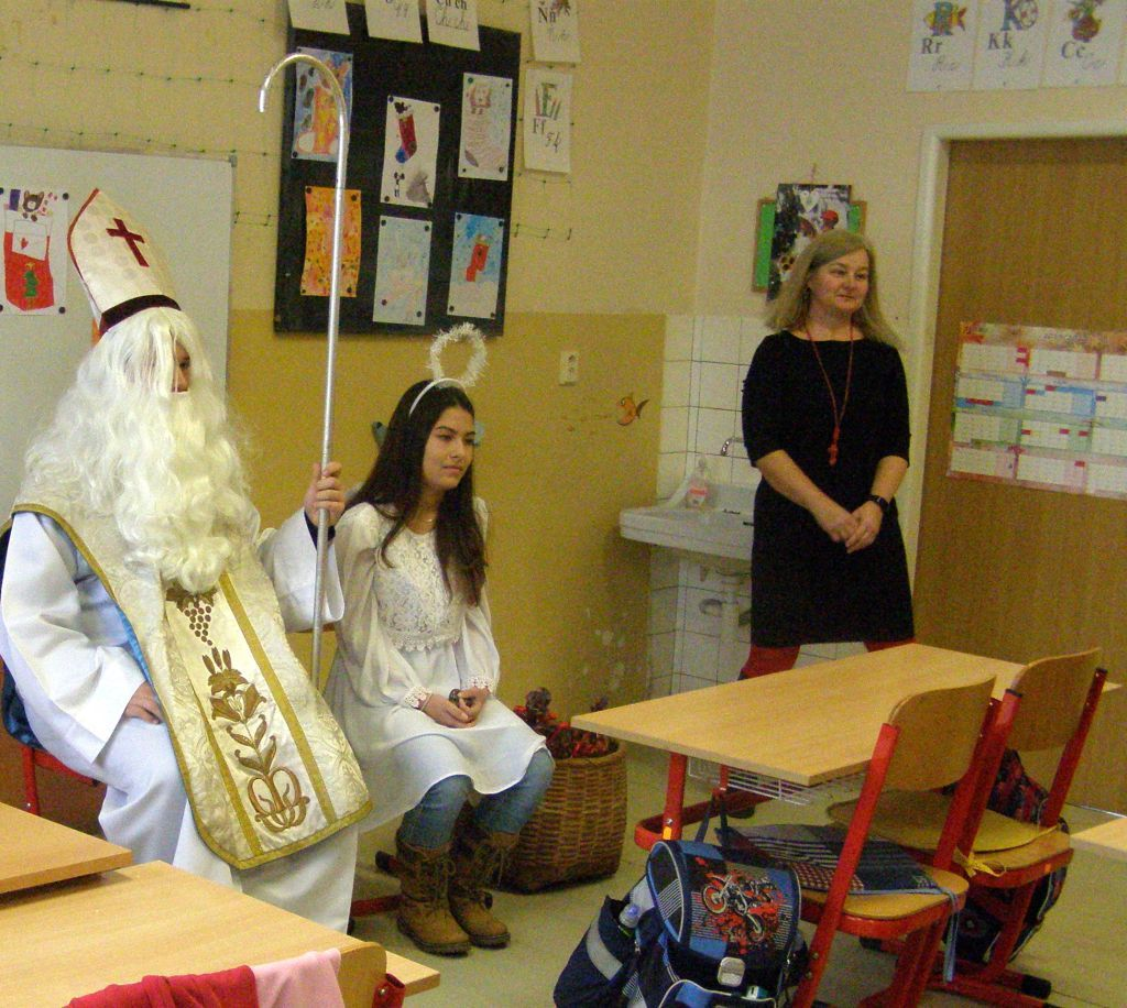 Mikuláš, anjelik a naša Zdenka:-)